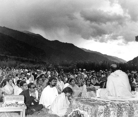Osho in Manali Camp 1970