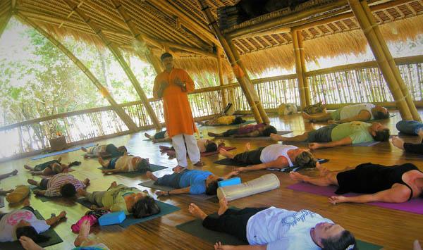 Ayurvedsutra Vol 05 issue 03 52 a - Meditation: Awakening of Inner Bliss