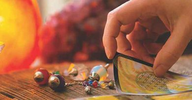 Ayurvedsutra Vol 05 issue 05 06 21 a 390x205 - Tarot: A Healing Tool in Modern Times