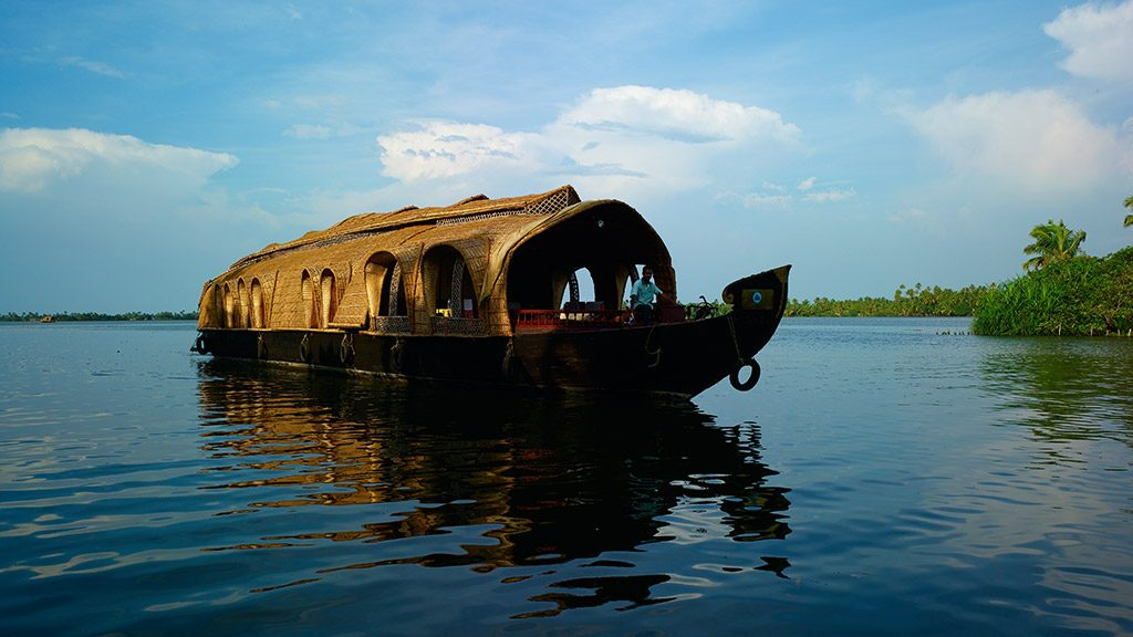 houseboat 1024x576 1024x576 - Kerala Tourism to start a promotional campaign for 9 states