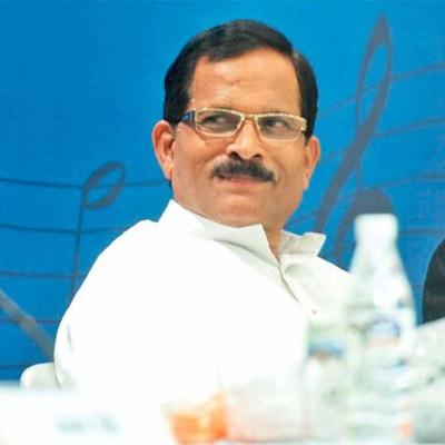 naik - Like yoga, Ayurveda should spread globally: Shripad Naik