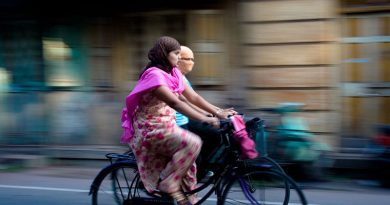 bicycle 390x205 - Shift to Cycle, be healthy and help economy too!