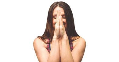 Ayurvedsutra Vol 06 issue 07 19 390x205 - Distress to De-Stress